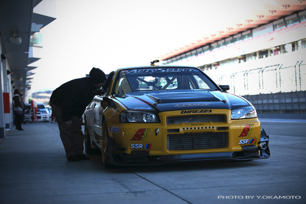 R34 Gt R Yellow Shark 2000 Spec About Us デモカーアーカイブ